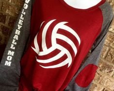 Volleyball Laces T-Shirt, volleyball mom shirt, Long Sleeve preppy Tee mom T-Shirt Volleyball Shirt Designs, Volleyball Mom Shirts, Volleyball Setter, Volleyball Workouts, Volleyball Outfits, Volleyball Pictures, Basketball Shirts, Volleyball Players, Sports Shirts