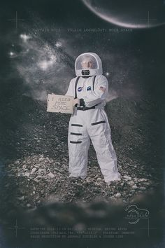 Captain Buzz: More Space https://www.facebook.com/andreasschieler.de/