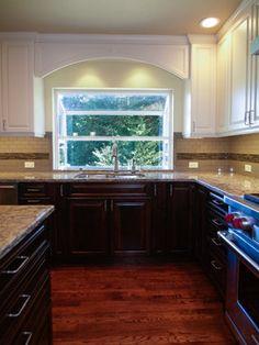 garden window Garden Windows, Traditional Kitchen, Interior Design Kitchen, Window Treatments, Backsplash, Kitchen Dining, Kitchen Interior, Primitive Kitchen