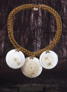 Pupua shell necklace - Hand made Papua shell necklace from Papua Indonesia; used in tribal ceremonies
