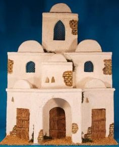 Nacimientos Christmas Nativity Scene, Nativity Scenes, Fontanini Nativity, Gnome Door, Class Decoration, Ceramic Houses, Miniature Houses, Model Building, Ceramic Painting