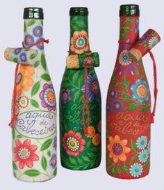 garrafas de vinho revestidas