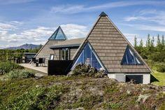 Casa Pirámide perfecta para comtemplar el paisaje de Islandia.