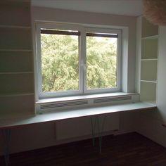 Sestava skříní a psacího stolu v provedení: bílá barva, překližka multiplex a kožené úchytky #nabytek #home #interier #interior #design #nabyteknamiru #wood #drevo #furniture #truhlarstvi #remeslo #joinery #carpentry #domov #childrenroom #praskacka #detskypokoj #children #kids #deti Windows, Design, Ramen, Window