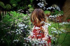 Hanging Out, Cottage, Gardening, School, Art, Art Background, Cottages, Lawn And Garden, Kunst