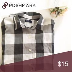 Gray & White flannel Great condition Gap Tops