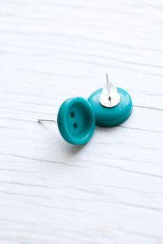 Teal button earings