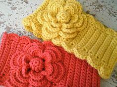 So cute crochet headbands..wonder if I could make my own.