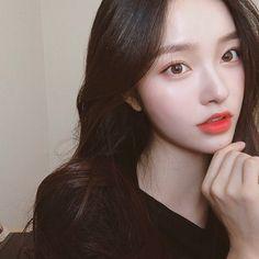 Pretty Korean Girls, Cute Korean Girl, Pretty Asian, Beautiful Asian Girls, Beautiful Women, Mode Ulzzang, Ulzzang Korean Girl, Kim Na Hee, Cute Korean Fashion