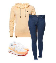 Skinny Jeans in sportlicher Kombination.