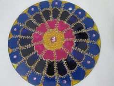 """Cores fortes .... cores da primavera ...."" (Naregi Mandalas Vitrais)"