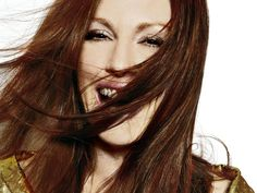 Google Image Result for http://www.celebritywallpapers.org/wallpapers/juliannemoore/julianne_moore_37.jpg