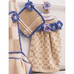 Towel Topper & Pot Holder - Crochet Patterns - Patterns | Yarnspirations