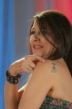 Marina Sirtis is a Spurs fan!