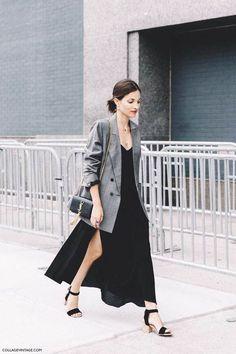 Look Street Style, New York Fashion Week Street Style, Spring Street Style, Street Styles, Summer Street, Fashion Mode, Girl Fashion, Fashion Outfits, Womens Fashion