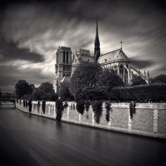 Paris-in-Black-and-White-Damien-Vassart-5