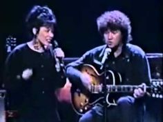 Robert Charlebois et Louise Forestier - Lindberg Robert Charlebois, French Songs, Partitions, Air France, Concorde, Jealousy, Jukebox, Good Music, Chemistry