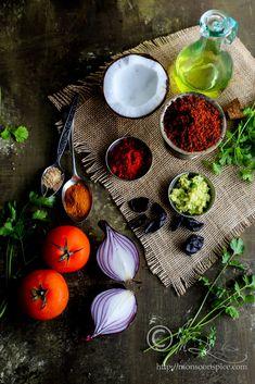 Indian Recipes Kolhapuri Usal / Misal Recipe with Kat and Kolhapuri Masala Thai Street Food, Indian Street Food, South Indian Food, Indian Food Recipes, Vegetarian Recipes, Chinese Recipes, Pakistani Dishes, Philippines Food, Yogurt Recipes