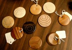 My first meeting with the Bell woodturners's club this past week featured a demonstration by Scott on how to use the offsetting chuck for making pendants. I've read various descriptions for turning...