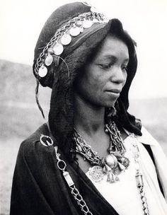 Africa | Woman from the Dades Valley. Morocco. ca. 1950 | © Jean Besancenot