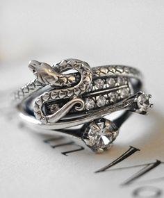 Iosiani Silver And Zircon Snake Ring