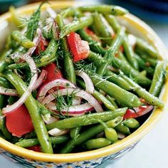 Marinated Green Beans and Tomatoes with Dill Recipe - well I might switch the dill for some other herb and I might use frozen string beans- but looks good! vegan, gluten-free