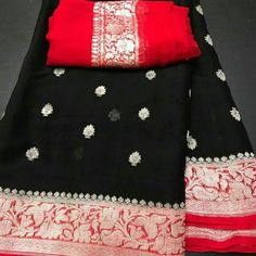 Wedding colors red and black style 40 ideas Chiffon Saree, Banaras Sarees, Silk Saree Kanchipuram, Ikkat Saree, Georgette Fabric, Georgette Sarees, Black Saree, Red Saree