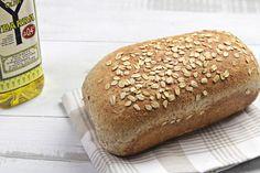 Una forma sencilla de hacer un sano pan de molde integral Descubre más recetas en http://ybarraentucocina.com/gastronomia-en-tu-casa/pan-de-molde-de-semillas...