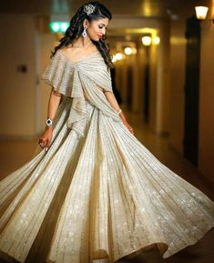 Indian Wedding Gowns, Desi Wedding Dresses, Party Wear Indian Dresses, Indian Gowns Dresses, Indian Fashion Dresses, Indian Designer Outfits, Designer Dresses, Bridal Dresses, Lehnga Dress