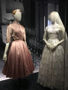 Costume Collection, Mid Century Style, Contemporary Fashion, Christian Dior, Vintage Dresses, 1950s, Vintage Fashion, Costumes, Formal Dresses