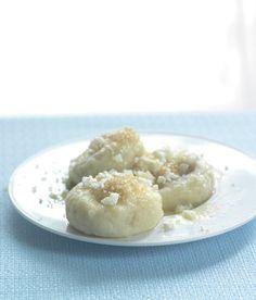 Pohankové knedlíky se švestkami Buckwheat Recipes, Sweet Life, Doughnut, Oatmeal, Cooking, Breakfast, Cake, March 2013, Food
