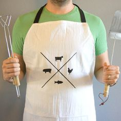 How to Sew Aprons: 27 Free Patterns for Aprons - Learn how to make aprons for all of your style and cooking needs. Once you finish your DIY apron, you'll feel rejuvenated to cook.