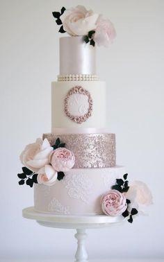 Featured Wedding Cake: cotton & crumbs; www.cottonandcrumbs.co.uk; Wedding cake idea.