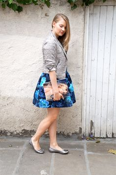Love pairing feminine, flower dresses with metallic blazers, ballet flats and rings to create a beautiful contrast. This blue House of Hackney dress goes perfectly with my Zara blazer and Tory Burch Minnie flats