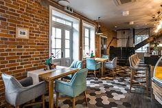 Realisation Sofa, Conference Room, Furniture, Home Decor, Living Room Modern, Bar Stool, Lunch Room, Eten, Homemade Home Decor
