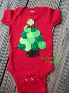 CHRISTMAS TREE  ONESIE   Below you will find the by NinisHandmades, $18.00