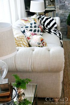 linen-sofa-from-the-side