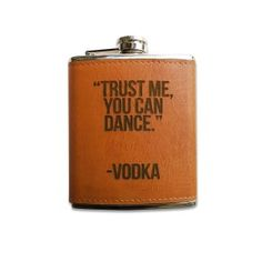 Gorsh.net | PETACAS ORIGINALES Vodka, Flask, Barware, Canning, Cool Stuff, Random, The Originals, Leather, Colors