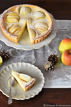 Tarte aux pommes et à la crème fraîche oder zu deutsch - Apfeltarte mit Crème Fraîche Guss. Super lecker! Unbedingt mal ausprobieren