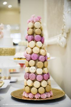An Open House at Paradise Banquet Hall in Vaughan Wedding Cakes, Wedding Venues, Wedding Day, Macaroon Wedding Favors, Macaron Tower, Banquet, Event Decor, Open House, Paradise
