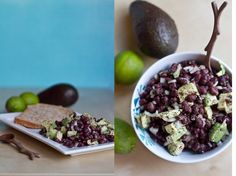 Avocado and Lime Black Bean Salad: This avocado and lime black bean salad from Oh She Glows is full of protein, fiber, and healthy fats, minus all the meat! It's also delicious.