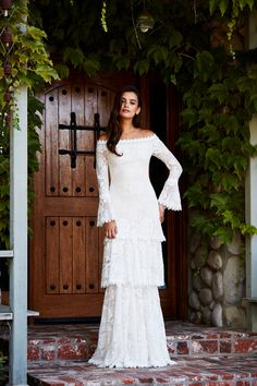 TadashiShojiBridal  BridalFW18  Wedding  Bride  BridetoBe  TadashiShoji  Designer Cocktail Dress fbc3ef7db