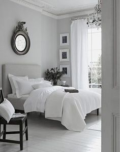 Awesome 50+ White and Grey Master Bedroom Interior Design Ideas https://homedecormagz.com/50-white-and-grey-master-bedroom-interior-design-ideas/
