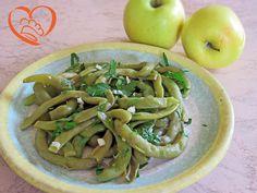 Fagiolini aglio,olio prezzemolo http://www.cuocaperpassione.it/ricetta/e11f1f4c-9f72-6375-b10c-ff0000780917/Fagiolini_aglioolio_prezzemolo_e_limone