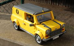 Before the Mini Traveller, now called the 'Clubman', became a larger rebadged BMW 1 Series, it looked like this. This is the van variant, of which over half a million were produced unti… Lego Truck, Lego Car, Luxury Car Logos, Disney Theory, Lego Pictures, Lego Activities, Lego Boards, Lego Builder, Lego Mechs