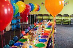 Table settings at a Rainbow Party #rainbow #table
