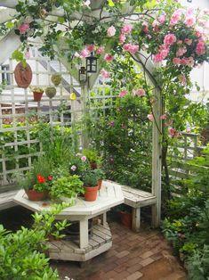 Pergola Ideas For Shade Garden Nook, Garden Cottage, Garden Spaces, Small Courtyard Gardens, Small Gardens, Outdoor Gardens, Small Terrace, Modern Gardens, Jardin Decor
