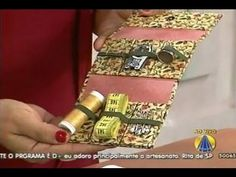 Sewing supplies holder in cartonnage. A very good idea! This video is in portuguese but the step by step is very clear.