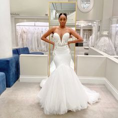 Sexy strapless sweetheart neckline with plunging v-neckline, beaded details and tulle skirt wedding dress. Pantora Bridal Dress Available at #Kleinfeld Tulle Skirt Wedding Dress, Fit And Flare Wedding Dress, Perfect Wedding Dress, Bridal Dresses, Tulle Wedding, Strapless Sweetheart Neckline, Glitter Wedding, Wedding Dress Shopping, Shopping Hacks
