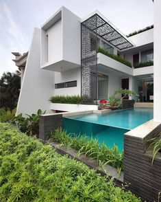 #_archidesignhome_ Pinisi House by Genius Loci Pte Ltd. Location: #Jakarta, #Indonesia . #luxury #luxuryhome #architect #luxuryhouse #arquitectura #luxurylife #luxurylifestyle #pool #instadaily #lights #homes #homestyle #instagood #homestyling #house #houses #architecture #architectureporn #design #modern #architects #interiordesign #instacool #instahome . All credits correspond to photographer,designer,creator